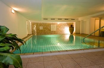 Realizzare una piscina interna