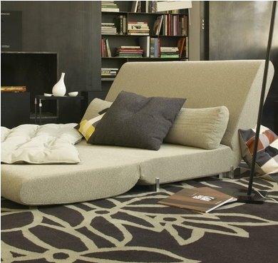 Divano letto design - Il divano scomodo ...