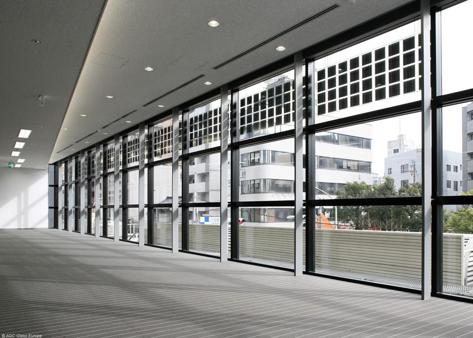 Finestre fotovoltaiche e risparmio energetico - Vetri fotovoltaici per finestre ...