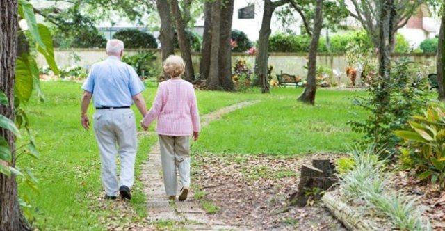 Imu per gli anziani nelle case di riposo esenti le banche for Piccoli piani di casa per gli anziani