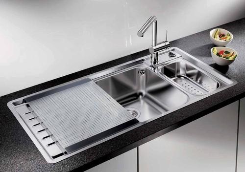 Il lavabo per bagno e cucina