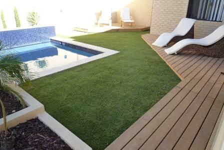 Il prato sintetico erba sintetica artificiale - Quando seminare erba giardino ...