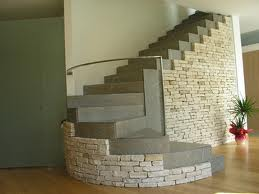 scale interne pietra
