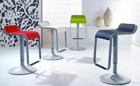 Sgabelli cucina sgabello di design per cucine moderne for Sgabelli cucina regolabili