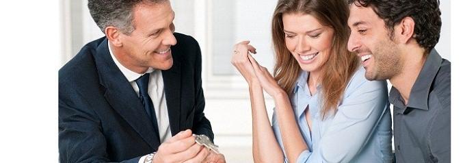 Vendere casa: affidarsi ad un agente immobiliare