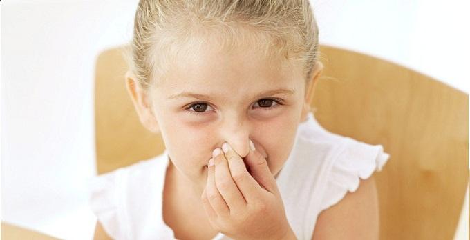 Eliminare i cattivi odori del lavello - Cattivi odori in casa ...
