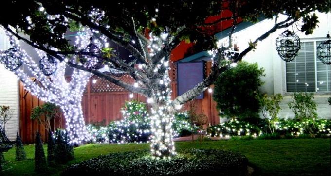 le luci di Natale fotovoltaiche