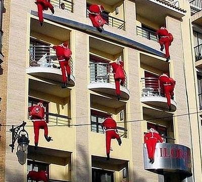Addobbare il balcone per il natale tutorcasa - Addobbare le finestre per natale ...