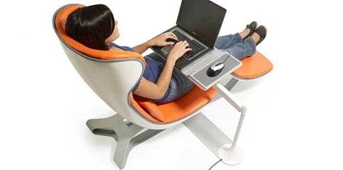 Sedie ergonomiche contro il mal di schiena da pc
