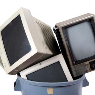 Smaltire correttamente i rifiuti elettronici