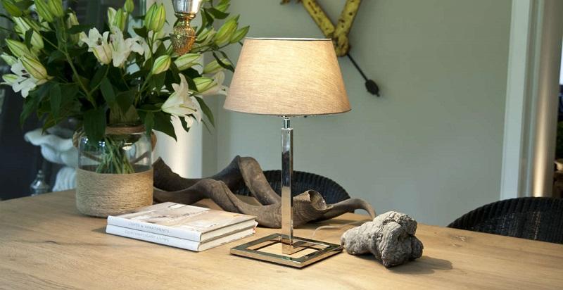 Scegliere una lampada da tavolo