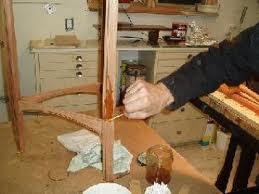 Scurire e schiarire ( decapare) il legno - TutorCasa
