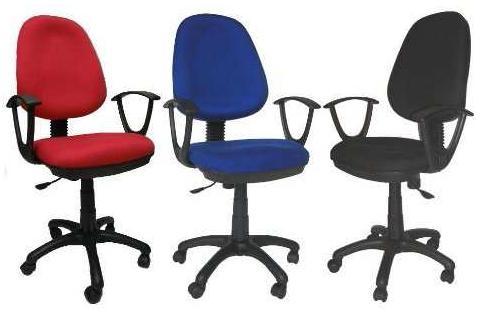 Arredare ufficio con mobili ergonomici for Sedia ufficio ginocchia